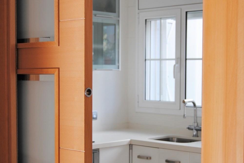 Puerta corredera en cocina